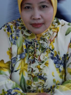 Dr. dr. Sri Sundari, M.Kes