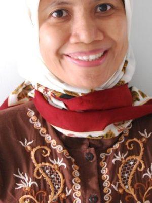 Dr. dr. Wiwik Kusumawati, M.Kes